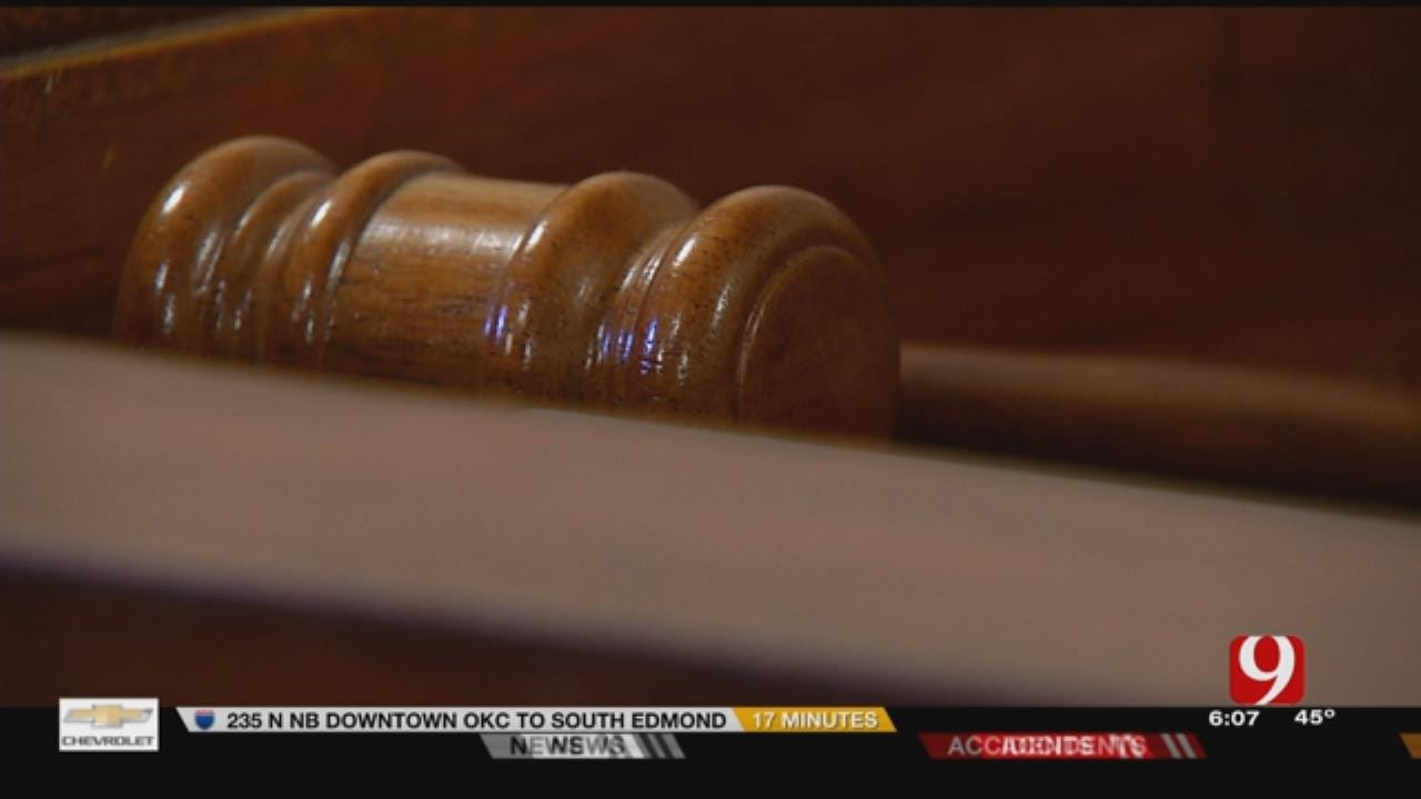 State Hopes To Combat Court Reporter Shortage Before It Starts