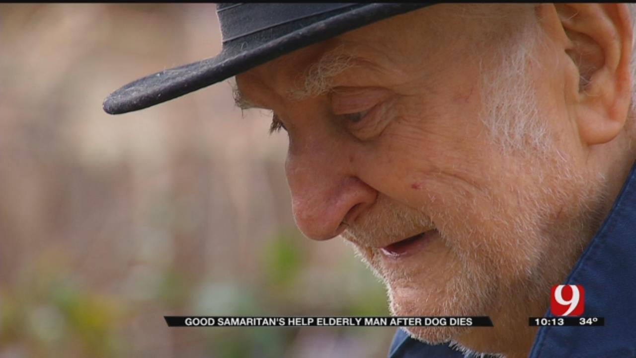 Good Samaritans Help Elderly Man After Dog Dies