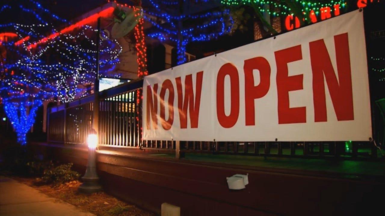 Charleston's Now Open In Bricktown