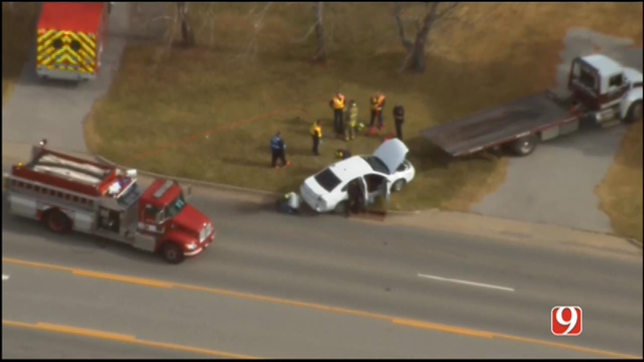 WEB EXTRA: SkyNews 9 Flies Over The End Of A Pursuit Near Tuttle
