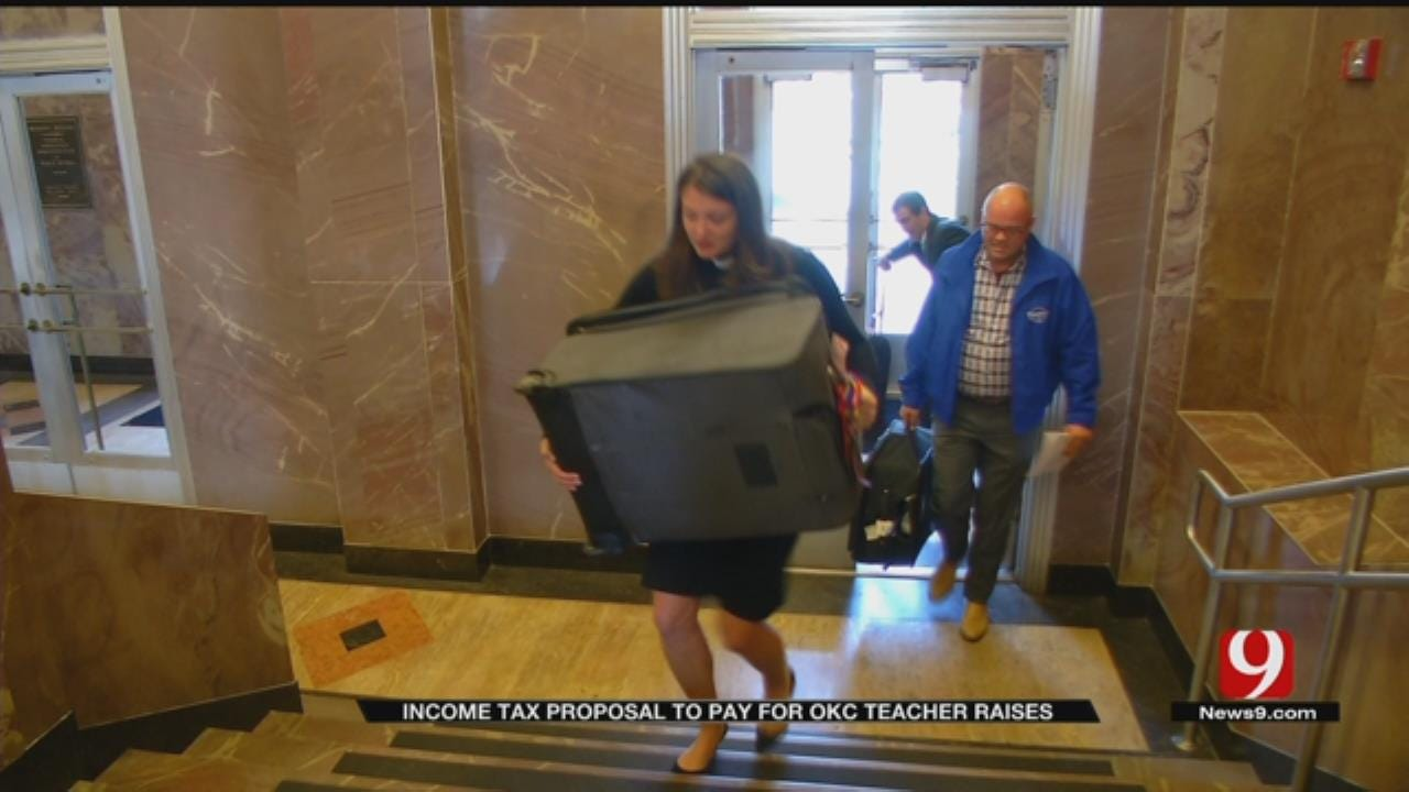 Oklahoma City Takes on Teacher Pay