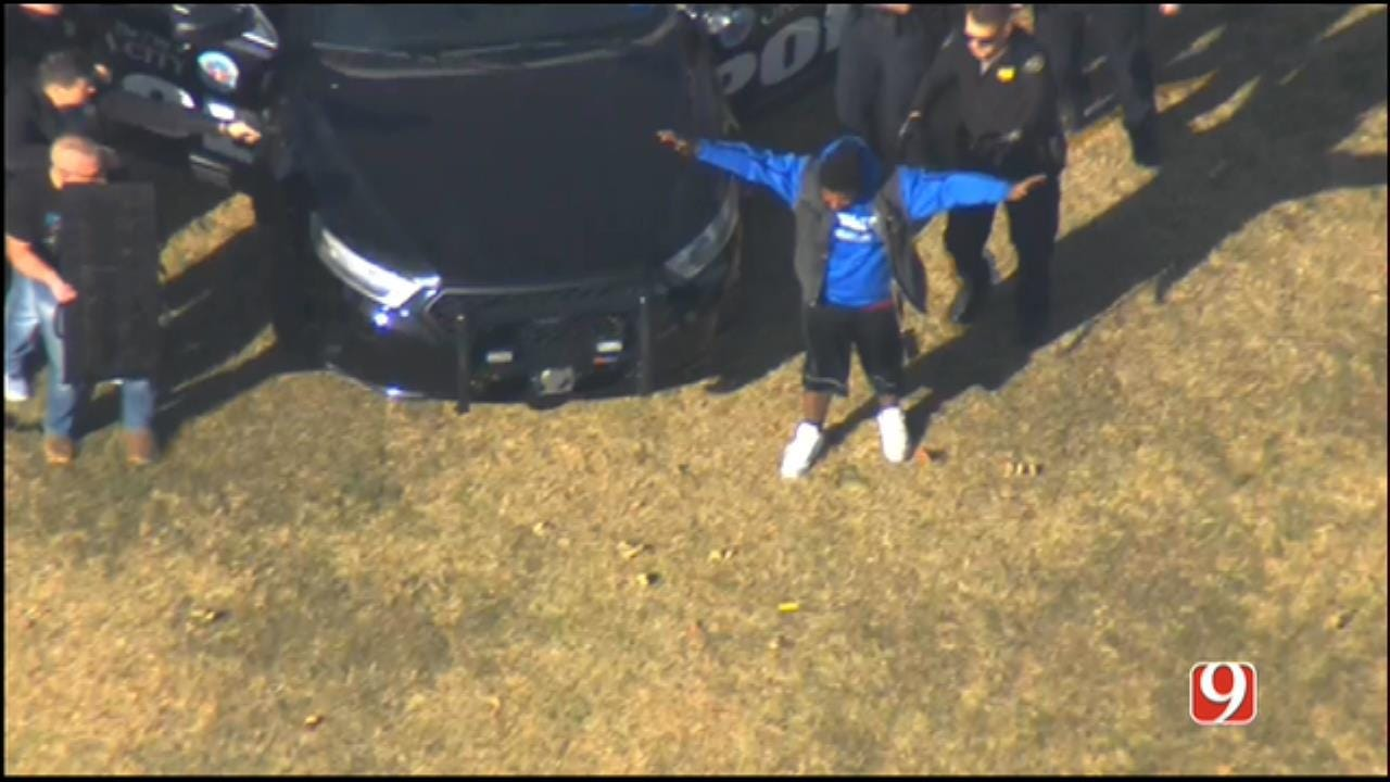 WEB EXTRA: SkyNews 9 Flies Over End Of Chase In SW OKC