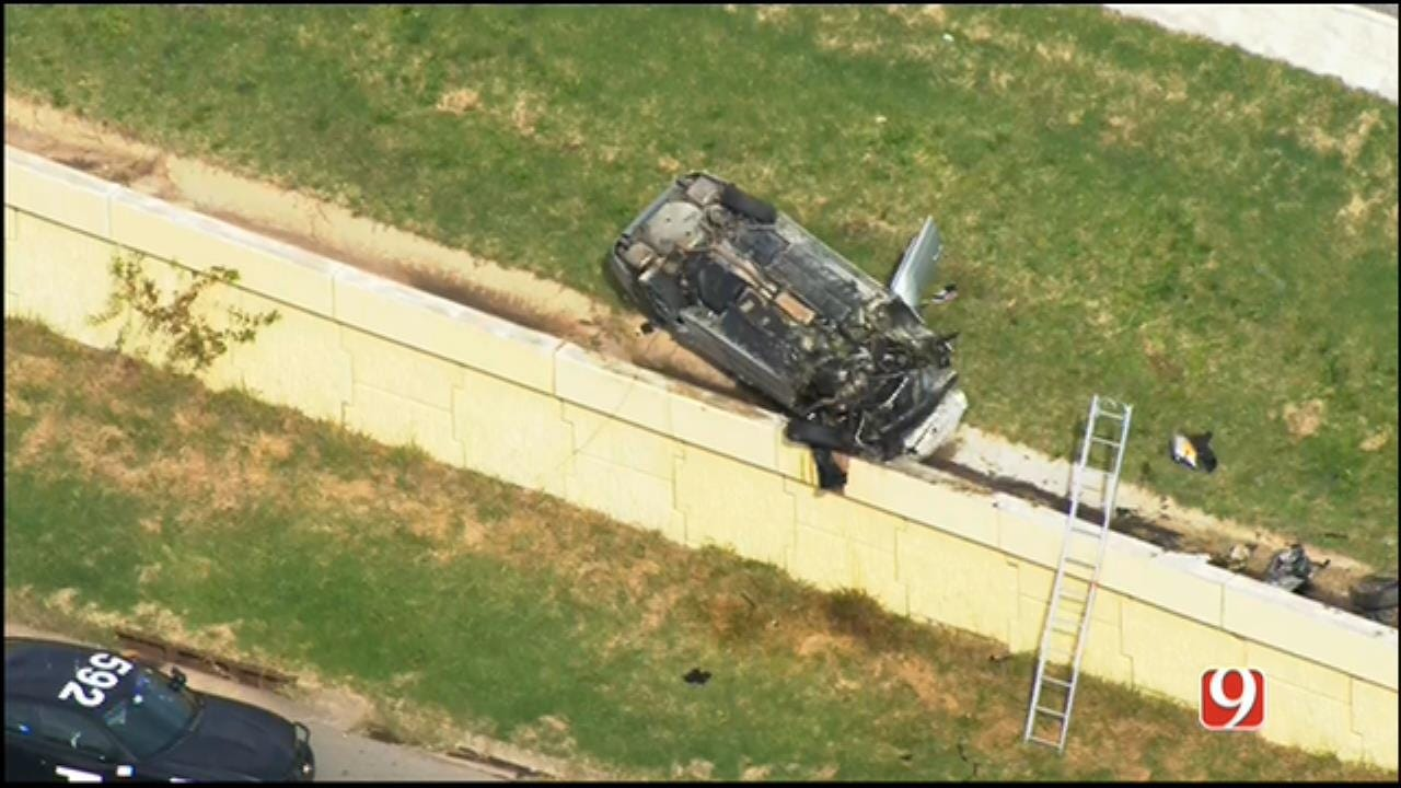 WEB EXTRA: SkyNews 9 Flies Over Two Wreck Scenes On I-240