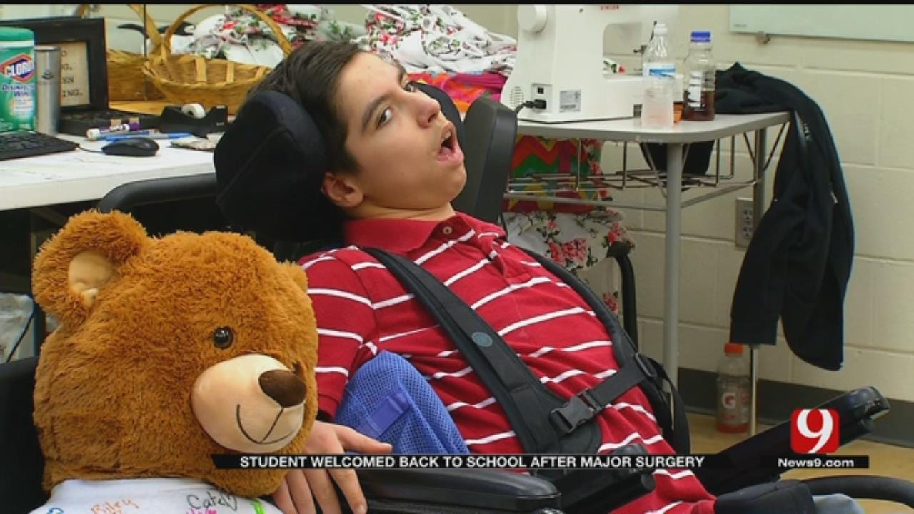 Edmond Middle School Student Benefits From Bear In A Chair Program