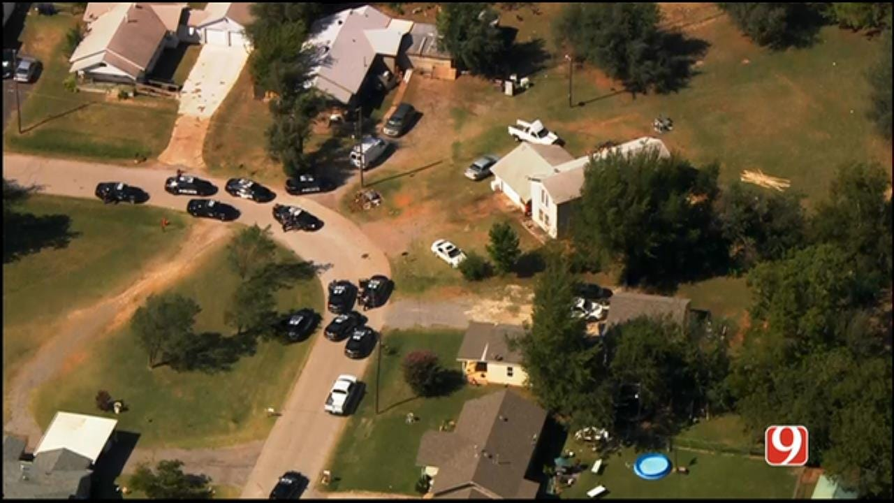 WEB EXTRA: SkyNews 9 Flies Over Standoff Situation In SE OKC