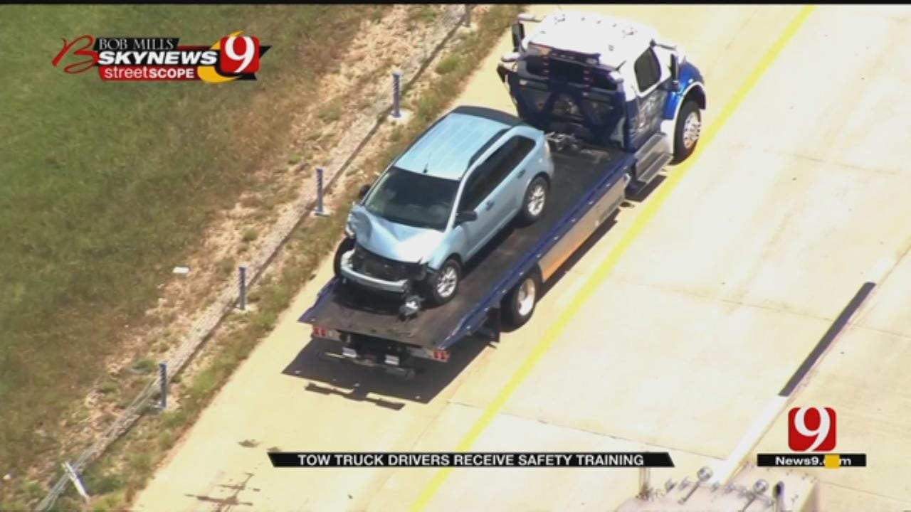 New Training For Oklahoma Tow Truck Drivers May Help Save Lives