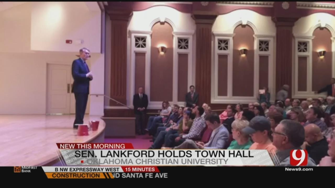 Lankford Holds Town Hall In Edmond Tuesday Night