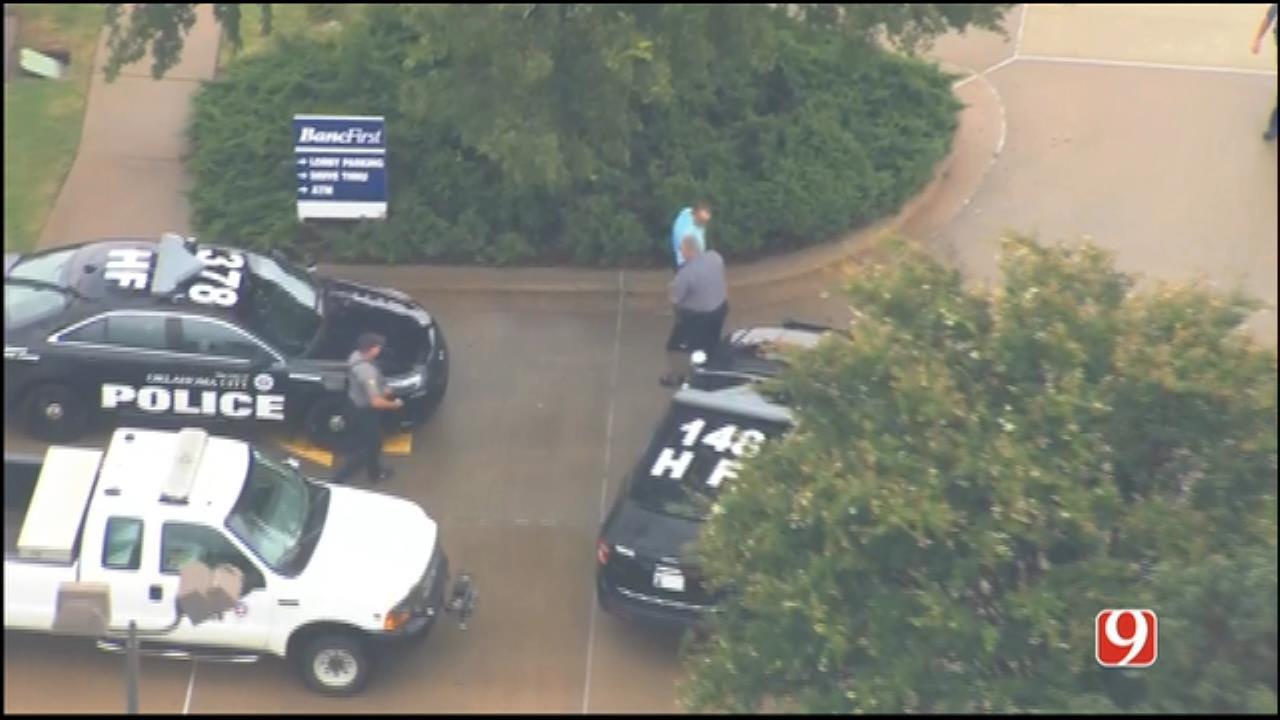 WEB EXTRA: Bob Mills SkyNews 9 HD Flies Over NW OKC Bank Robbery