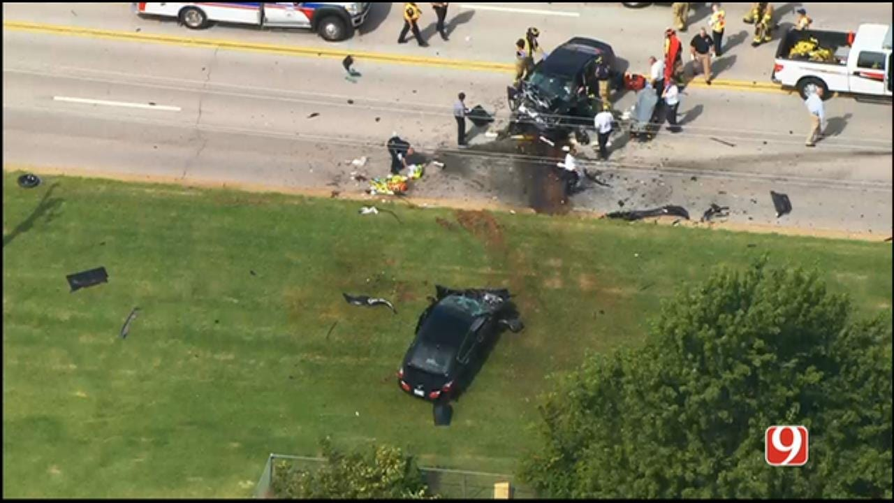 WEB EXTRA: SkyNews 9 Flies Over Head-On Crash In SW OKC