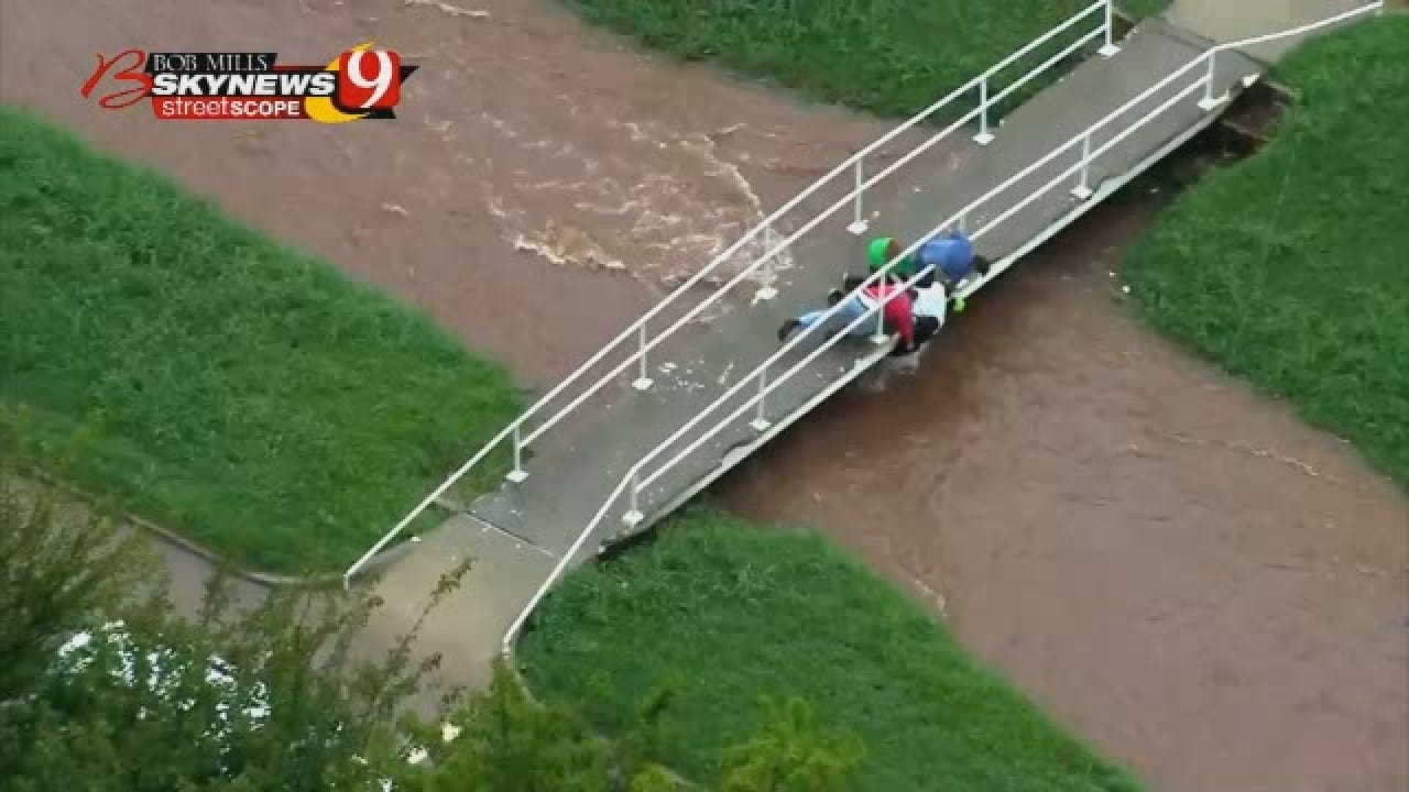 WEB EXTRA: Good Samaritans Pull Children From Flooded Drainage Ditch