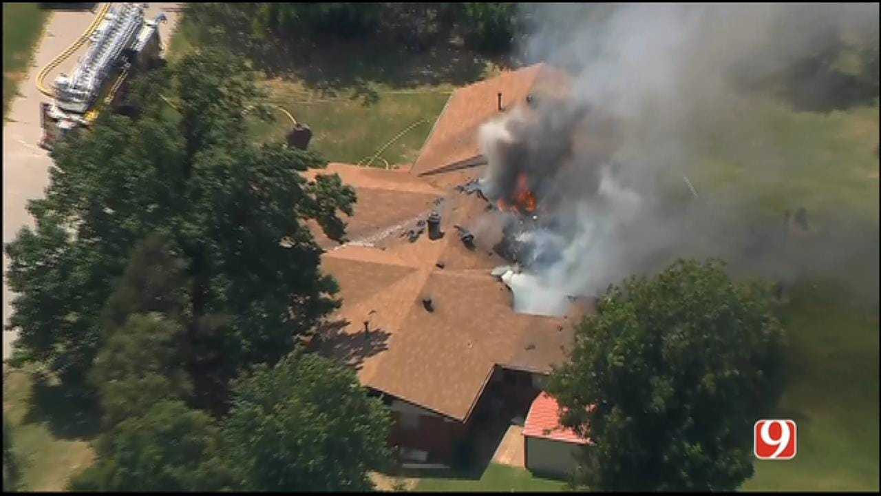 WEB EXTRA: Bob Mills SkyNews 9 HD Flies Over Edmond House Fire