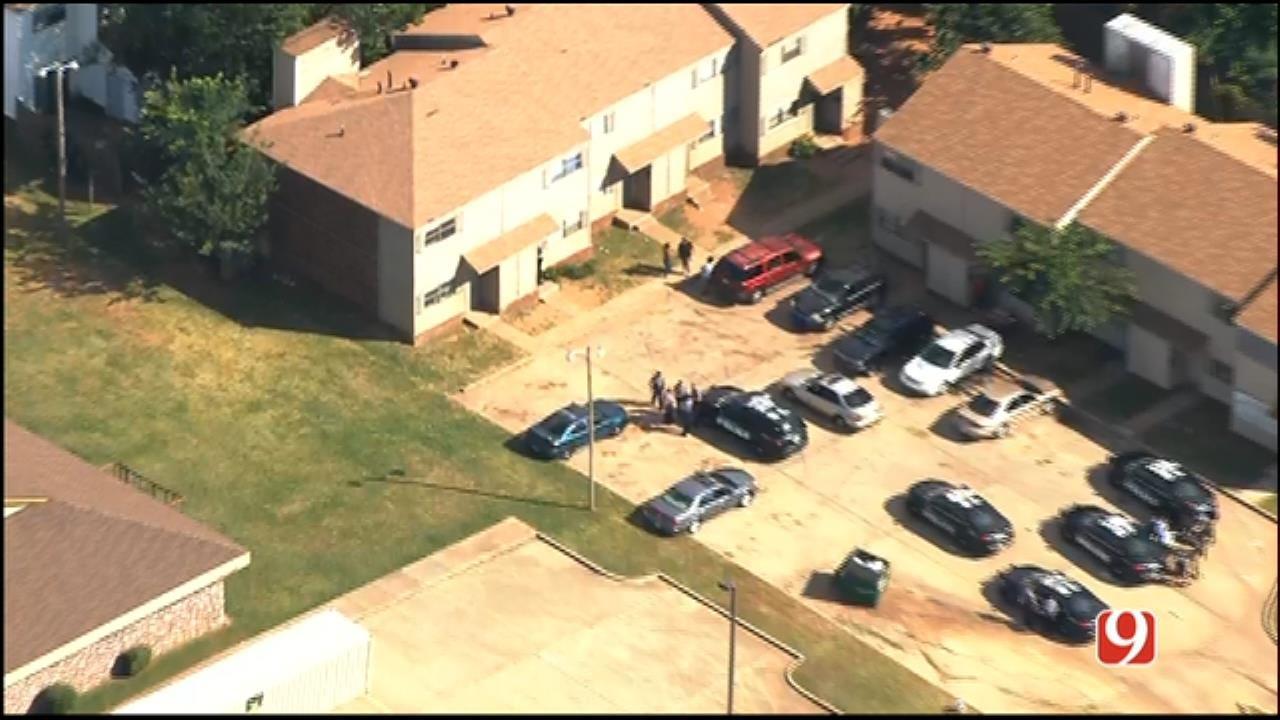 WEB EXTRA: SkyNews 9 Flies Over Incident At NE OKC Apartment Complex
