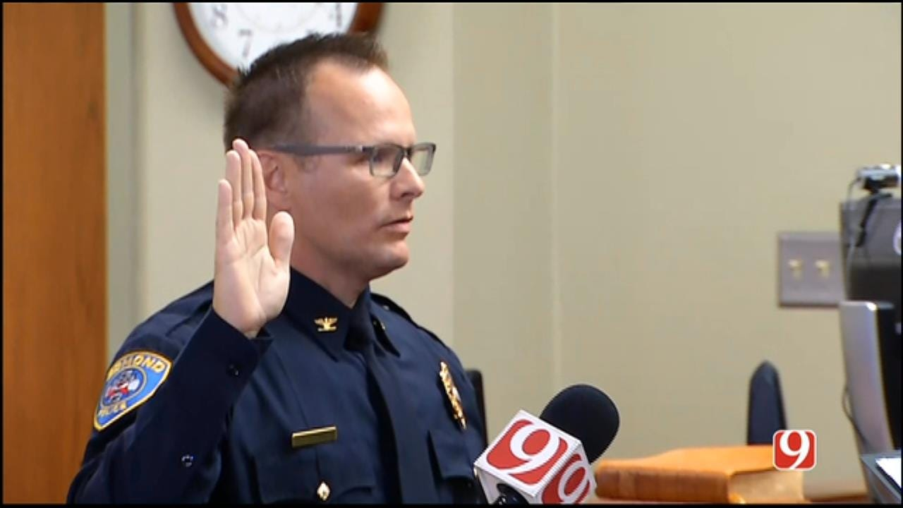 WEB EXTRA: Edmond Swears In New Police Chief