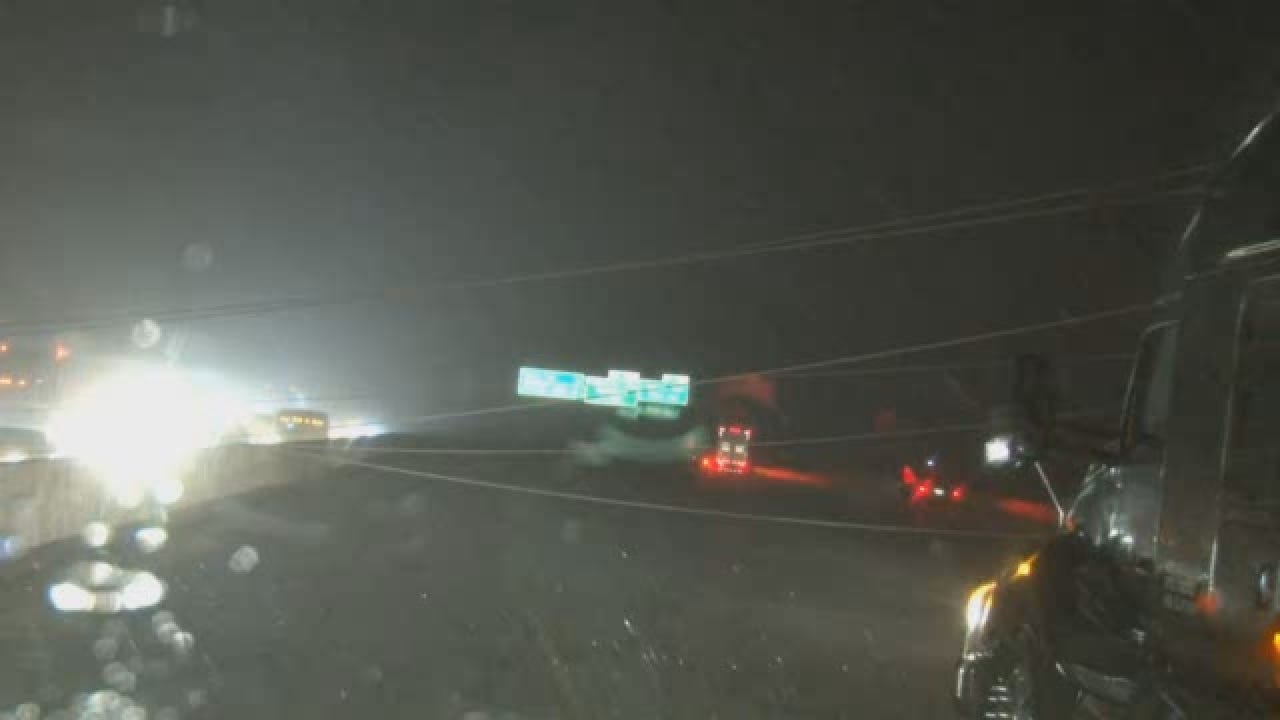 VAL POWER LINES DOWN I-40.wmv