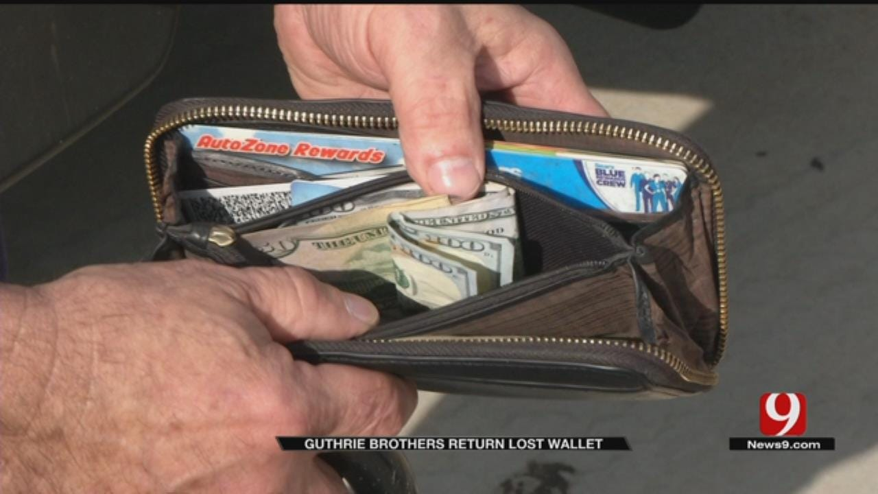 Guthrie Brothers Return Lost Wallet, Cash