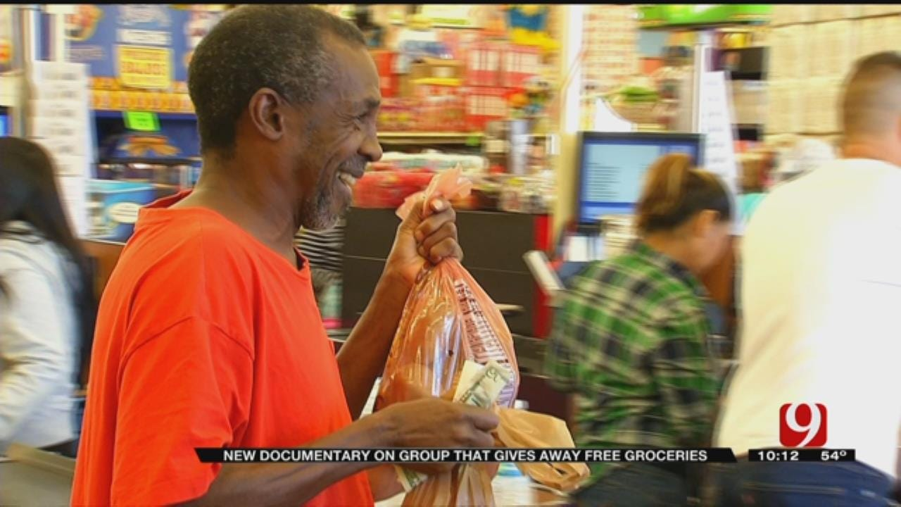 Metro Group Spreads Message of Paying It Forward