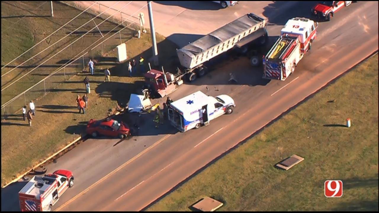 WEB EXTRA: SkyNews 9 Flies Over Injury Crash In SE OKC