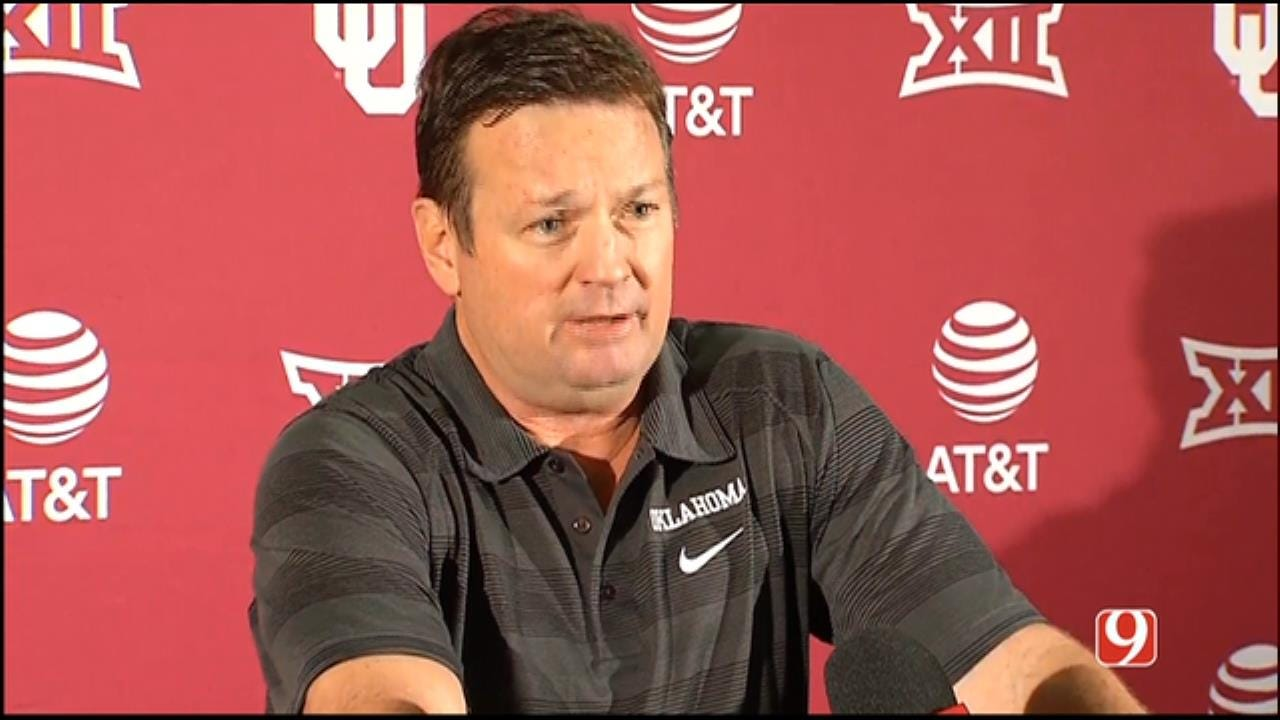 Bob Stoops Weekly News Conference As OU Prepares For Baylor