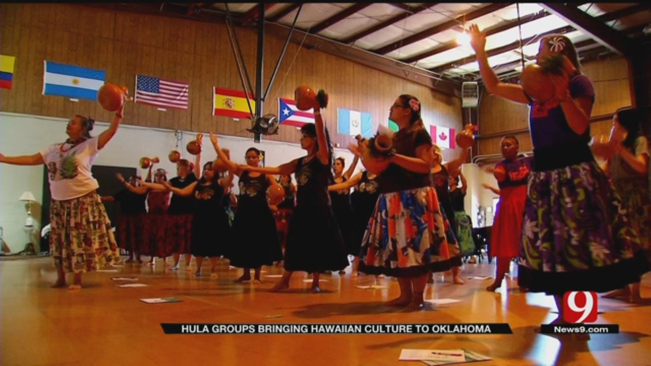 Oklahomans Help Spread Hawaiian Culture Through Hula Dancing