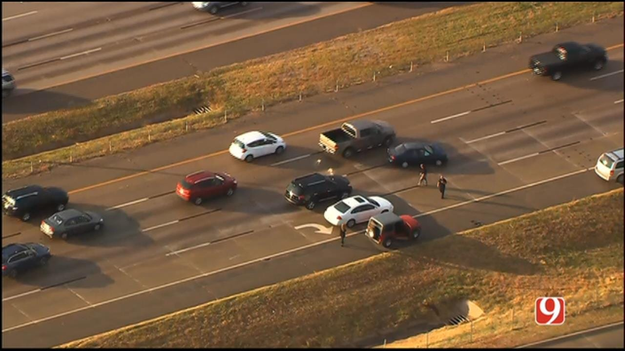 WEB EXTRA: SkyNews 9 Flies Over Multi-Vehicle Crash On NB I-35 At Wilshire