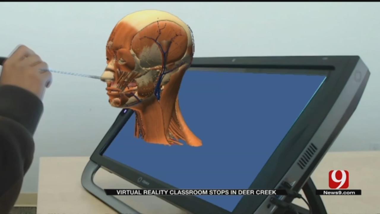 Mobile Virtual Reality Classroom Makes Stop In Deer Creek