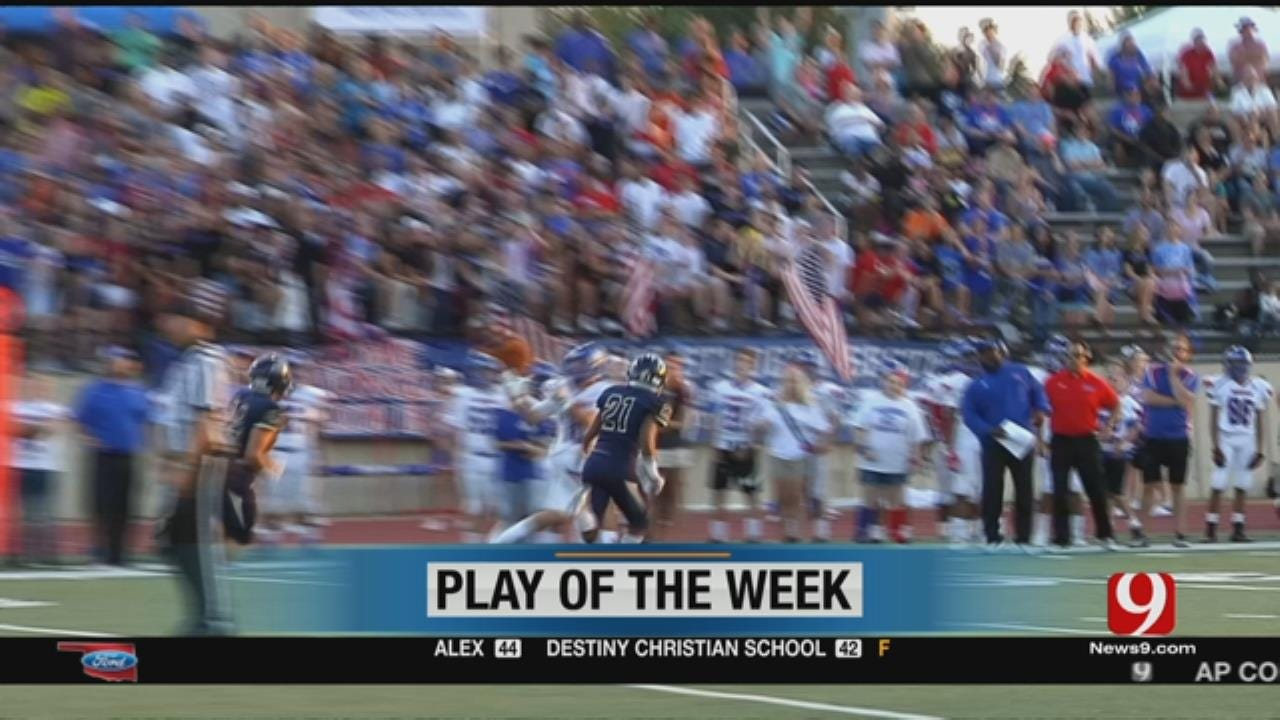 Play Of The Week: Moore Lions