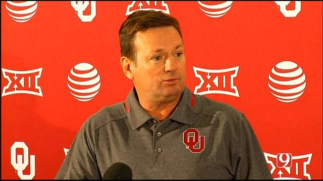 OU Football: Bob Stoops Speaks At Weekly News Conference