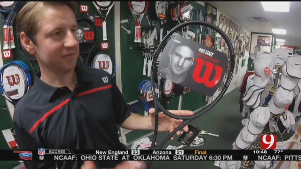 Tulsan Works Side By Side With Federer