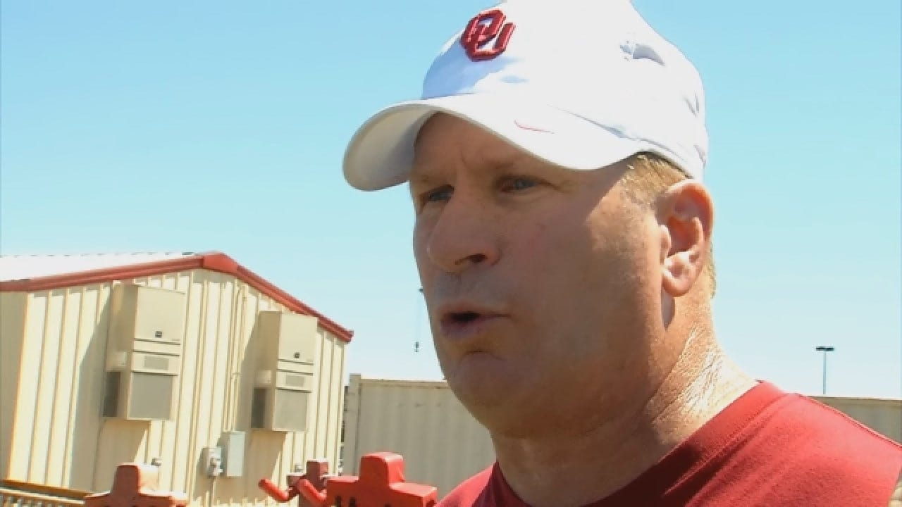 OU Defensive Coordinator Mike Stoops Talks After Tuesday's Practice