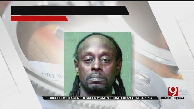 Undercover Agent Rescues Two Women From Accused Pimp