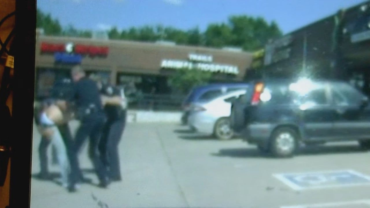 WEB EXTRA: Complete Dashcam Video Showing Suspect's Attack On Edmond Police Officer