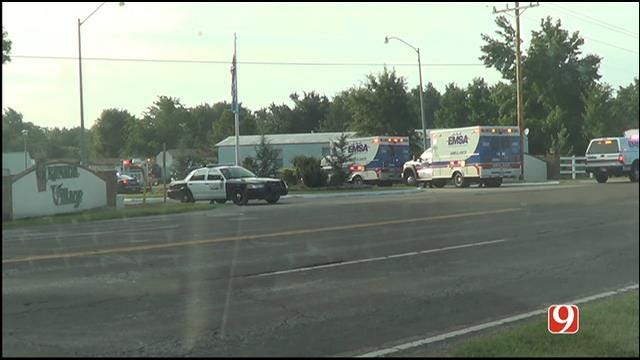 WEB EXTRA: News 9 On Scene Of Barricaded Person At OKC Mobile Home Park