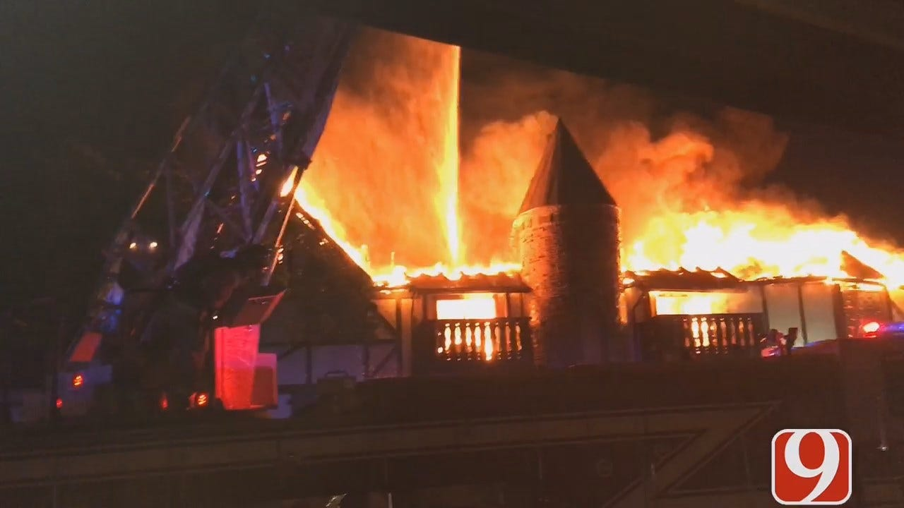 WEB EXTRA: Firefighters Battle NW OKC Apartment Fire