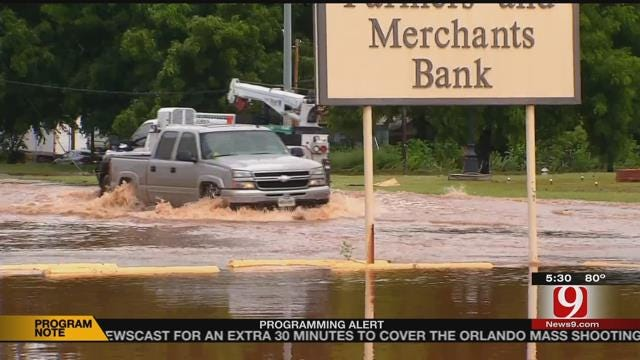 Residents Rescued, Homes Flooded In Garvin County