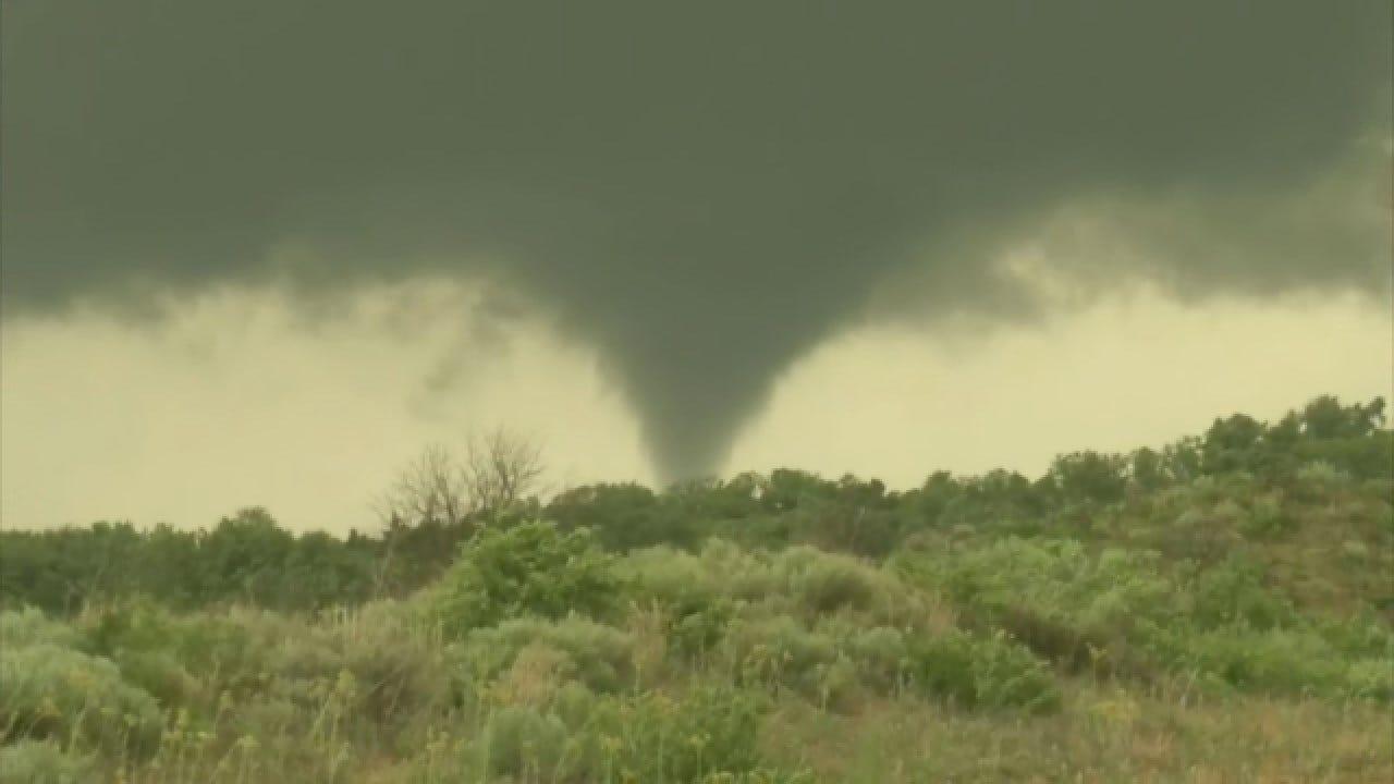 WEB EXTRA: Marty Logan Spots A Tornado Near Woodward
