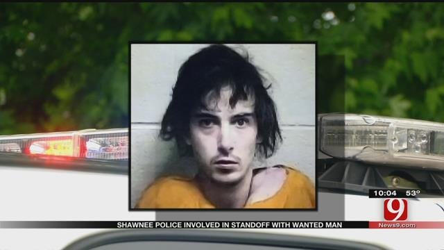 Shawnee Police Involved In Standoff With Wanted Man