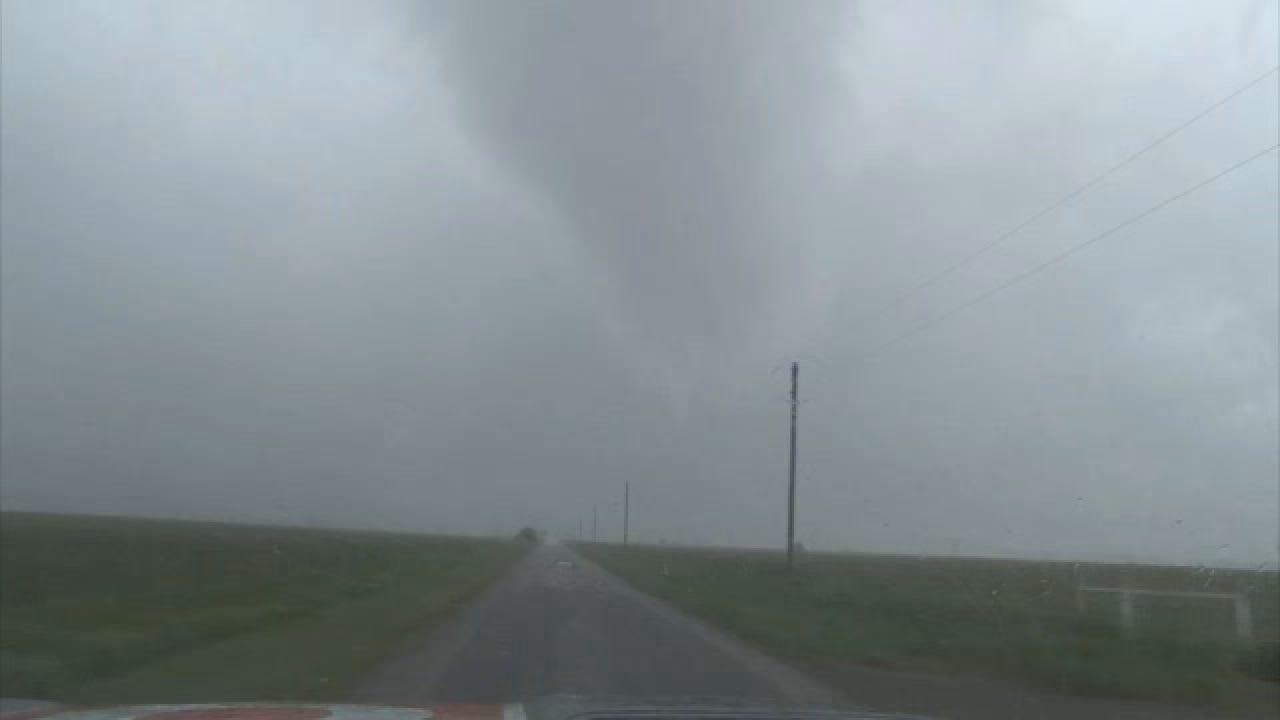 Real time Marlow Tornado.wmv
