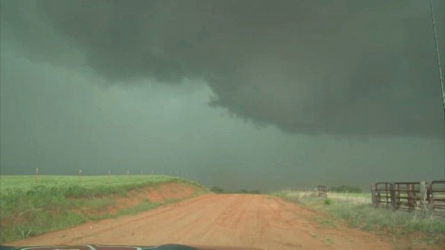 WX 14 MARTY STORMS 4-26 2 .wmv
