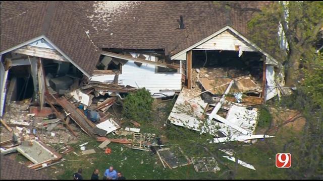 WEB EXTRA: SkyNews9 Flies Over El Reno Home Explosion