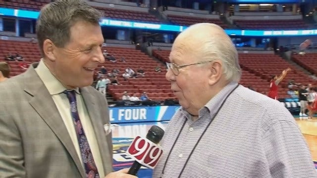 Dean Goes 1-on-1 With Verne Lundquist