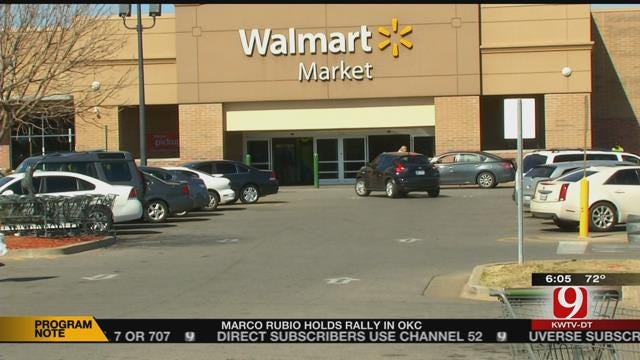Police Search For Purse Snatcher