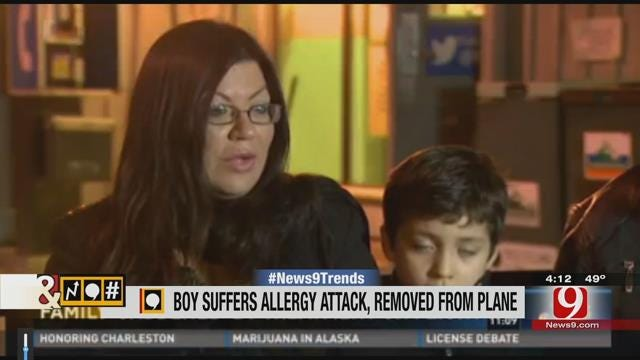 Trends, Topics & Tags: Strangers Applaud As Boy, 7, Is Kicked Off Flight Due To Allergies