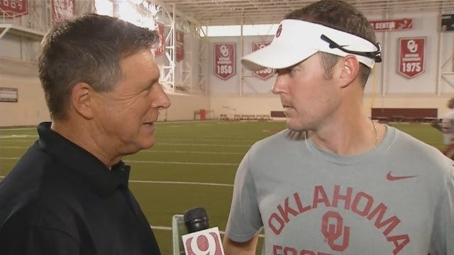 Dean Chats With Sooners' OC Lincoln Riley