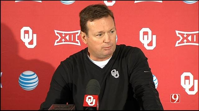 WATCH: Bob Stoops' Weekly Press Conference