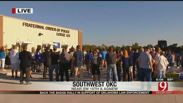 Oklahomans Show Support For Officers At 'Back The Badge' Rally