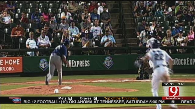 Express Start Hot, Take 2-0 Lead Over Dodgers