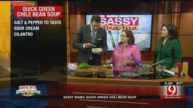 Sassy Mama: Quick Green Chili Bean Soup