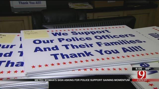 Edmond Woman Receives Overwhelming Response To Signs Supporting Police