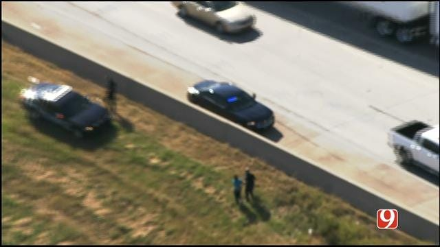 WEB EXTRA: Bob Mills SkyNews 9 HD Flies Over Search Of Chase Suspect