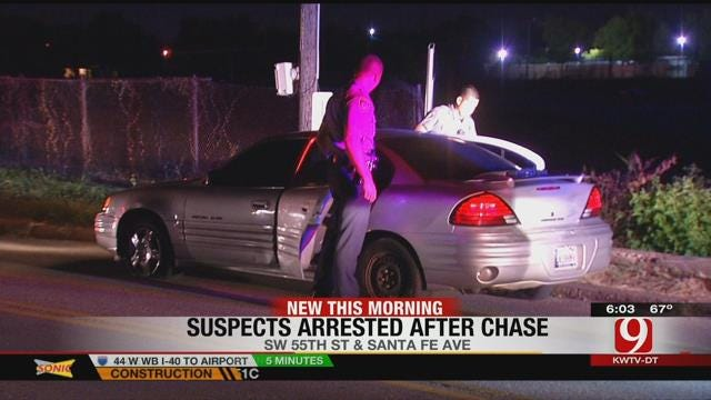 OKC Police Chase Suspects After Seeing Motorcycle In Car's Trunk
